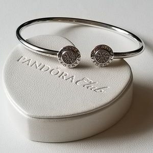 Authentic pandora signature bangle bracelet  925